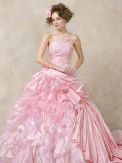 様々なカラードレス